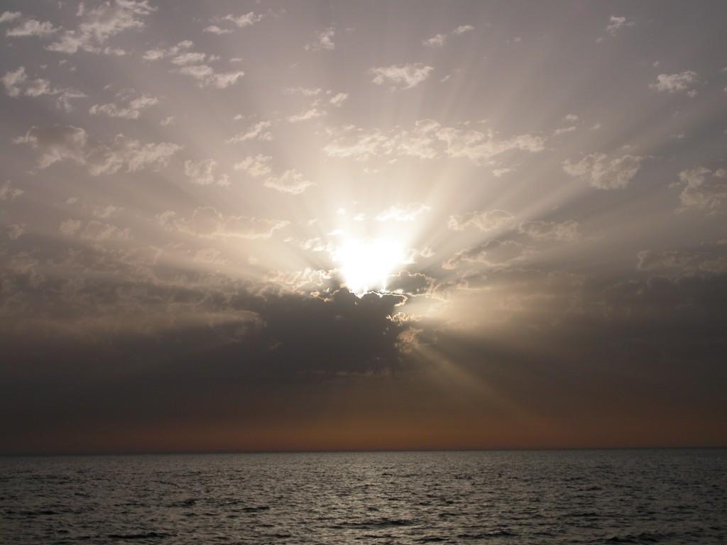 1 DSCN7527 Wolken beeinträchtigen den Horizont und unsere Pläne