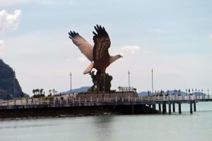 11 Seeadler, Wahrzeichen von Kuah Langkawi