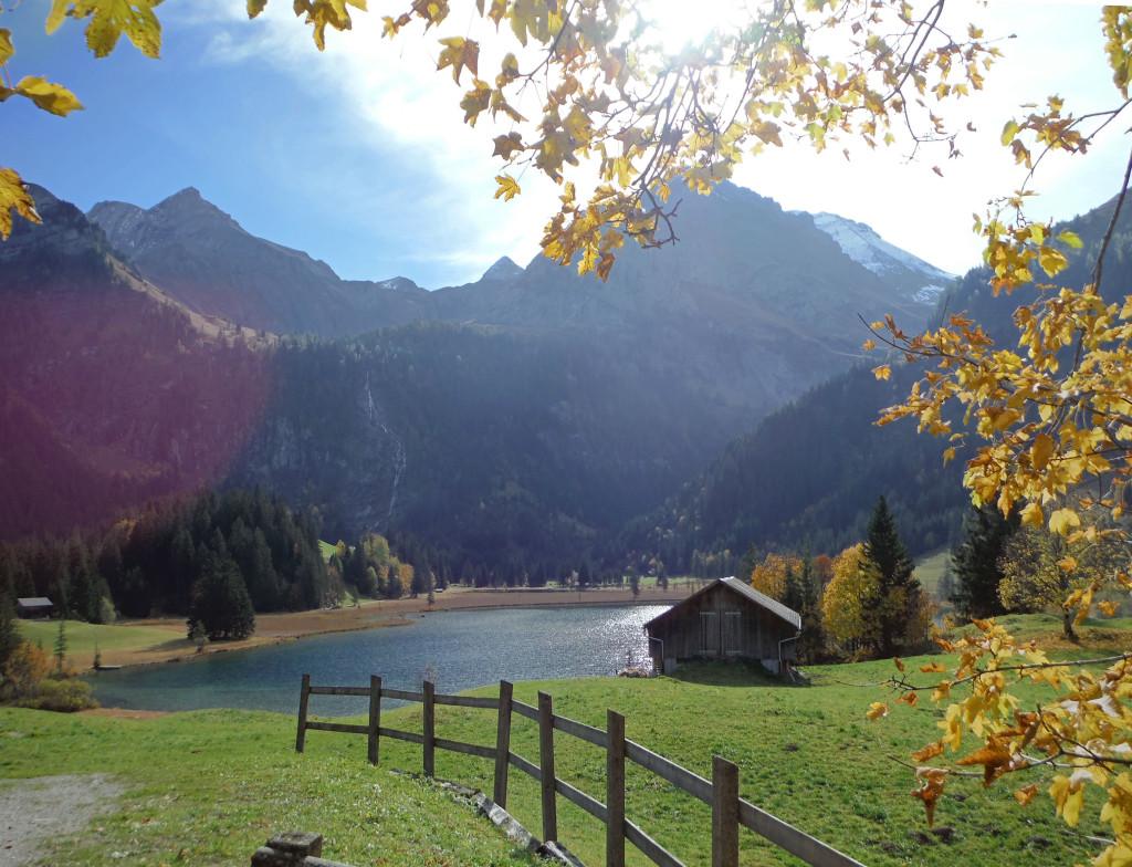2 Herbst am Lauenensee