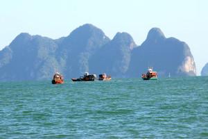 5 Fischerboote, Ostseite Phuket